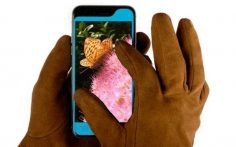 Glovys : use your iPhone even when wearing gloves