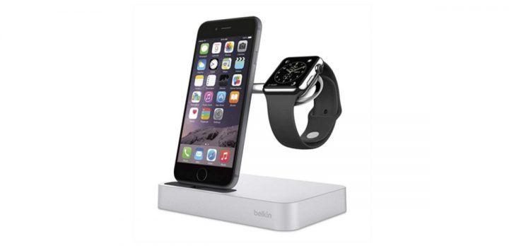 Belkin charge dock : for your iPhone and Apple Watch and your night stand !